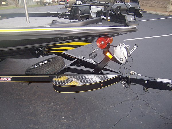 upgraded large bow step.and Fulton F2 winch and tongue jack